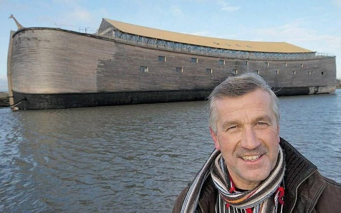 Egy holland férfi megépítette Noé bárkájának élethű mását:
