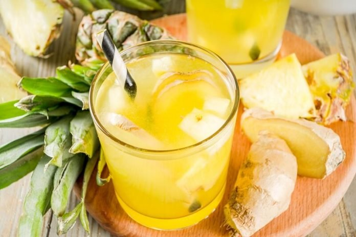 Ananászos gyömbéres üdítő - remek gyulladáscsökkentő hatással bír!